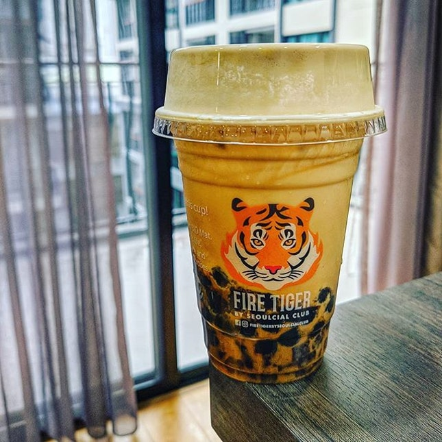 Fire Tiger Milk Tea 🔥🐯🍼☕ : : #thailand #thai #bangkok #bkk #travel #traveller #travelphotography #wanderlust #food #foodie #foodies #burpple #foodporn #instafood #gourmet #foodstagram #yummy #yum #foodphotography #milk #tea #boba #bubbletea #milktea #firetiger #brownsugar #cremebrulee