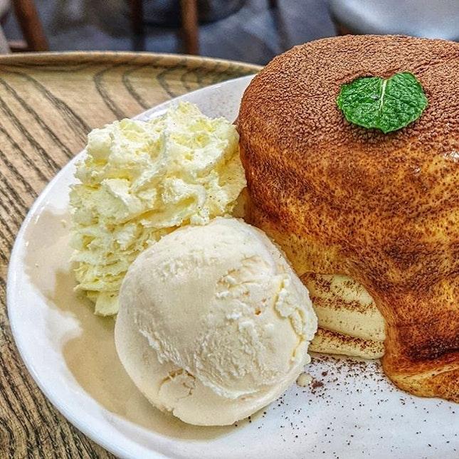 🥞🤤 : : #thailand #th #thai #bangkok #bkk #thaifood #food #foodie #foodies #burpple #foodporn #instafood #gourmet #foodstagram #yummy #yum #foodphotography #travel #travelphotography #wanderlust #mobilephotography #pancakecafe #cafe #tiramisu #ricotta #pancakes #chocolate #vanilla #icecream