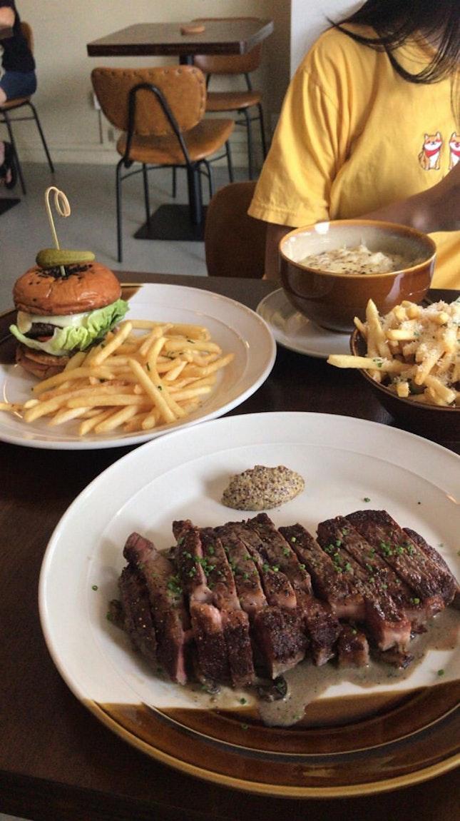 steak, mac n cheese truffle fries