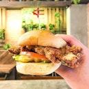 chicken sandwich .