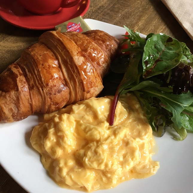 Croissant With Egg