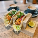 Let's taco bout how Pulp was my one of my no-brainer-go-to cafe to do work or a catch up session since years ago before more cafes were around •  Coffee has always been on point 💯 weekend things followed by dinner at Proof or Kaiju 😉 #highlyRAEted •  Chicken Taco RM21 • Flat White •  #pulp #papapalheta #apwbangsar #cafehopping #bangsar #taco #burpple #burpplekl #coffeeaddict #pulpbypapapalheta #cafekl #mycafefood #cafemalaysia