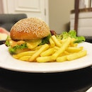 Dry-Aged Beef Burger (RM65 / S$21)