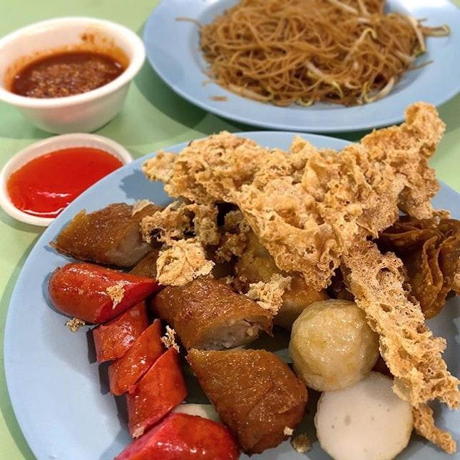 Assorted Ngo Hiang and Fried Bee Hoon