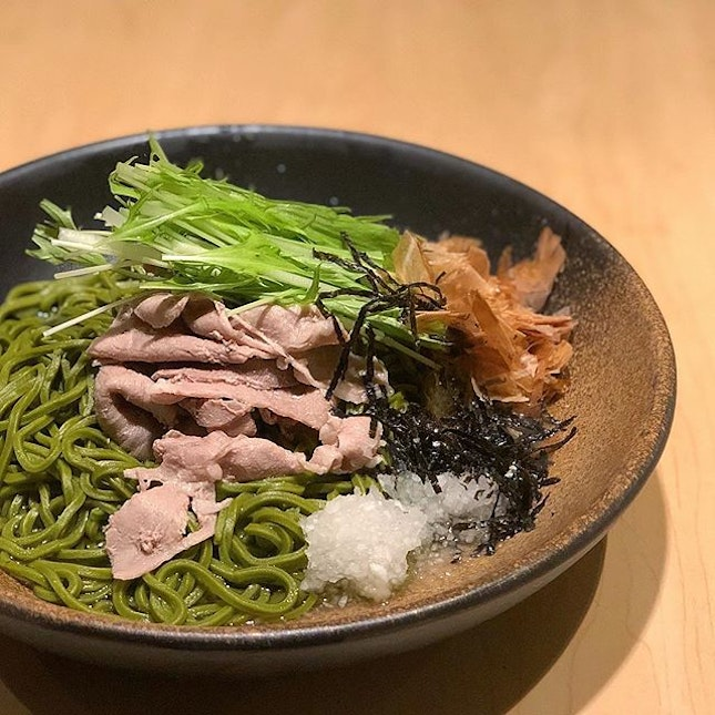 There is no need to wait for the Year of the Pig to enjoy pork all you'd like, but since it's in, how about some Kurobuta Ume Chasoba to add some light sourish notes to a healthy meal?
