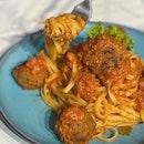 Beef Meatball Tomato Pasta