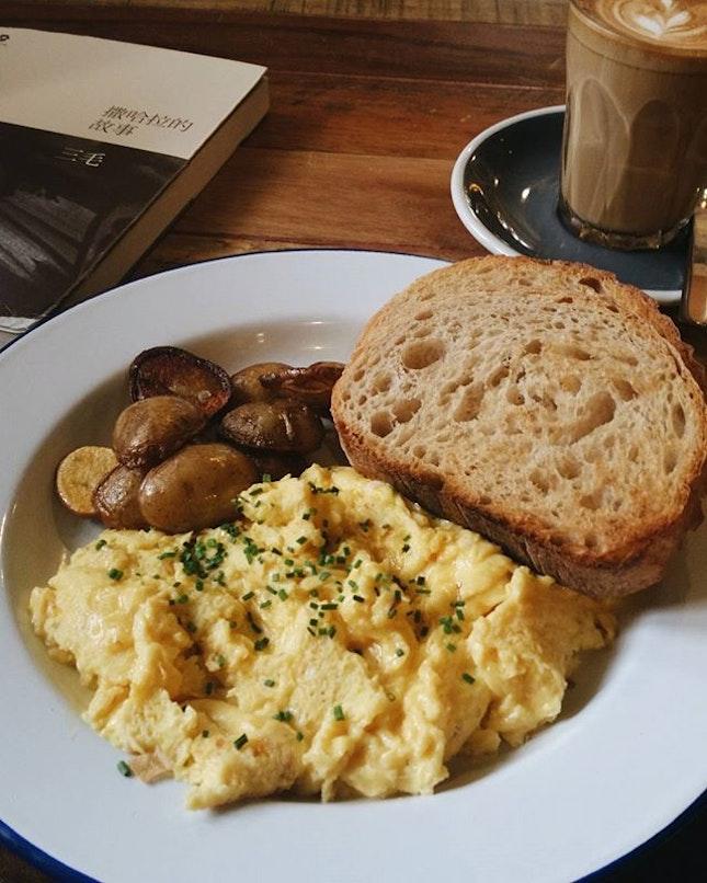Cafe • 咖啡館