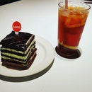 7🌟 / 10🌟 Yummy Chocolate Mint Cake @ S$3.20 & Iced Lemon Tea @ S$2.40 from Han's Restaurant at JEM Mall