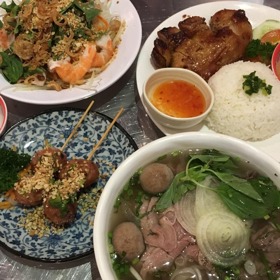Authentic vietnamese cuisines