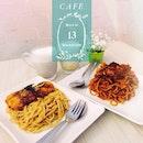 Today lunch w @hqkaleidoscope // Pork Pasta w Red Sauce x Fish Pasta w Brown Sauce x Taro Latte x Sweet Potato Latte 😻 #latergram #latte #food #pasta #onthetable #brewmaison #cafesg #sgcafe #foodphotography #foodstagram #lunch #instafood #instadaily #instafoodie #igsg #burpple #korean