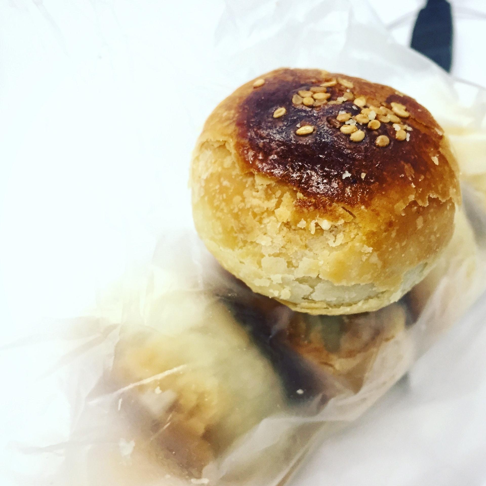 Traditional 豆沙餅