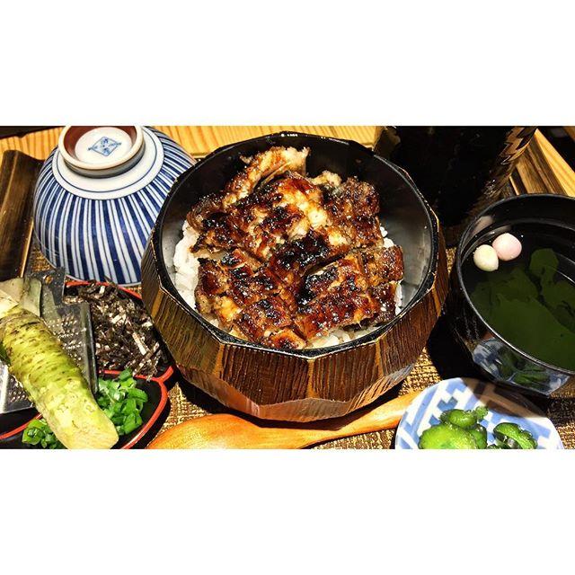 | 🍱 One of the Best Unagi Don ever、 It's even in Spore Michelin Bib Gourmand List! ...