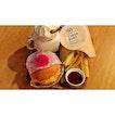 | 🍔 Shiok Shiok Beef Burger Set 。...
