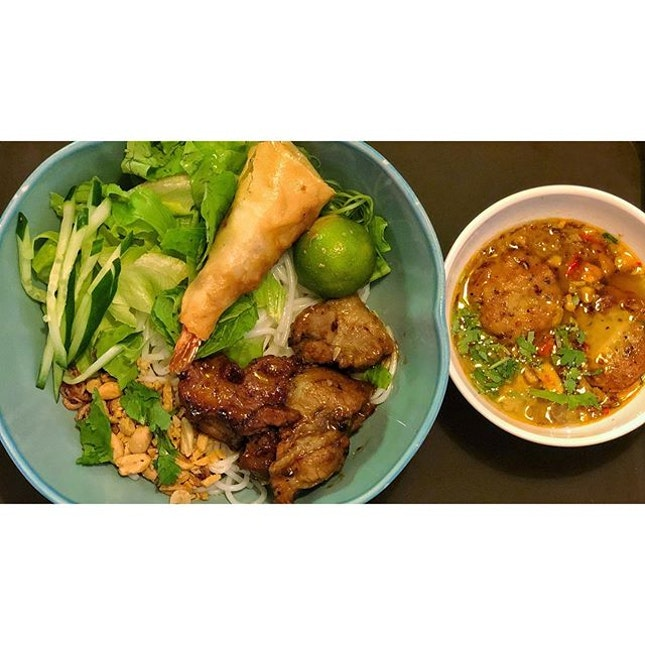   🍜 Lovely Pork Two Way Vermicelli 。...