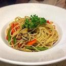Spaghetti Aglio Oilo($11.90)Hmm..