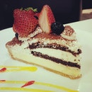 Slice of Strawberry Tiramisu(SGD$6.80).