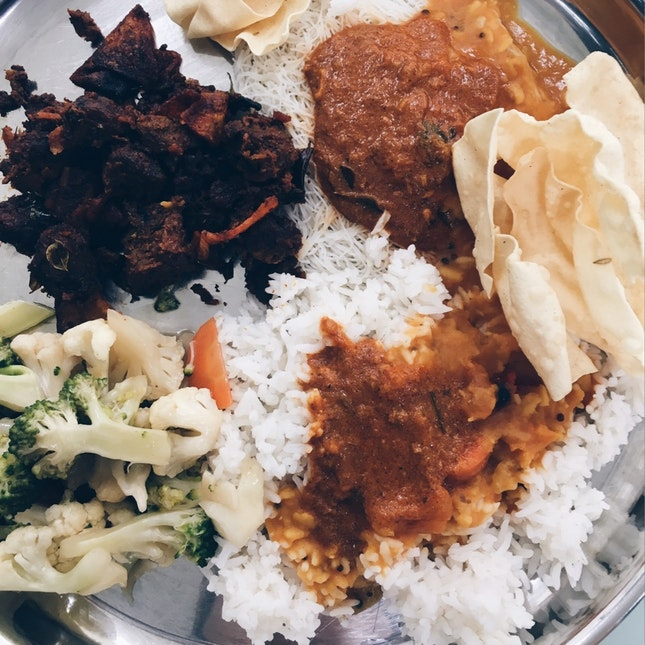 Lunch With A Sri Lankan Flavour