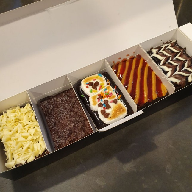 Brownies (5 for $18)