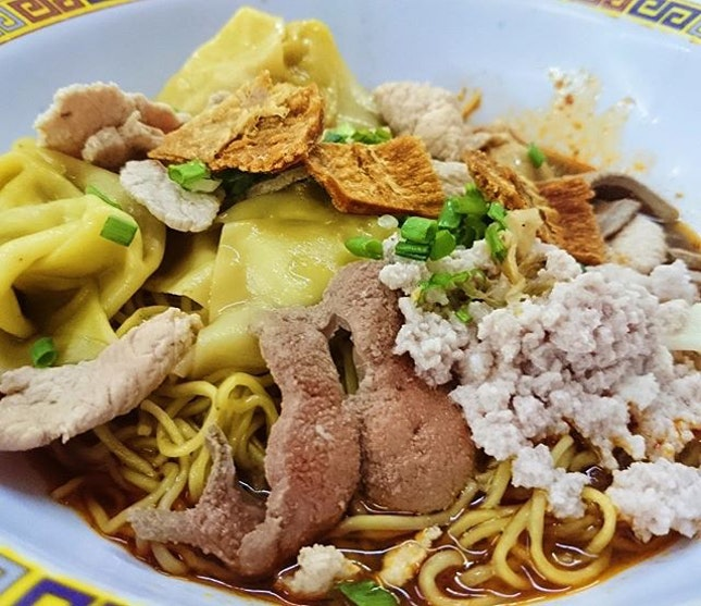 POSSIBLY THE PERFECT BOWL OF BCM noodles and minced pork and dumplings and meatballs and ikan bilis and pork liver and dried fish and pork lard with lashings of vinegar and chilli oil and traditional deliciousness