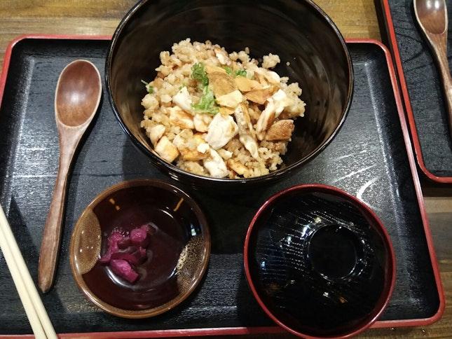 Seafood Fried Garlic Rice Set 18++