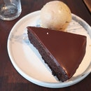 Chocolate Cake 9+(Svc Only)