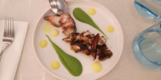 Grilled Octopus 27++