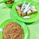 Ngoh hiang / wu xiang from Zhabalang Wu Xiang at Dunman Food Centre.