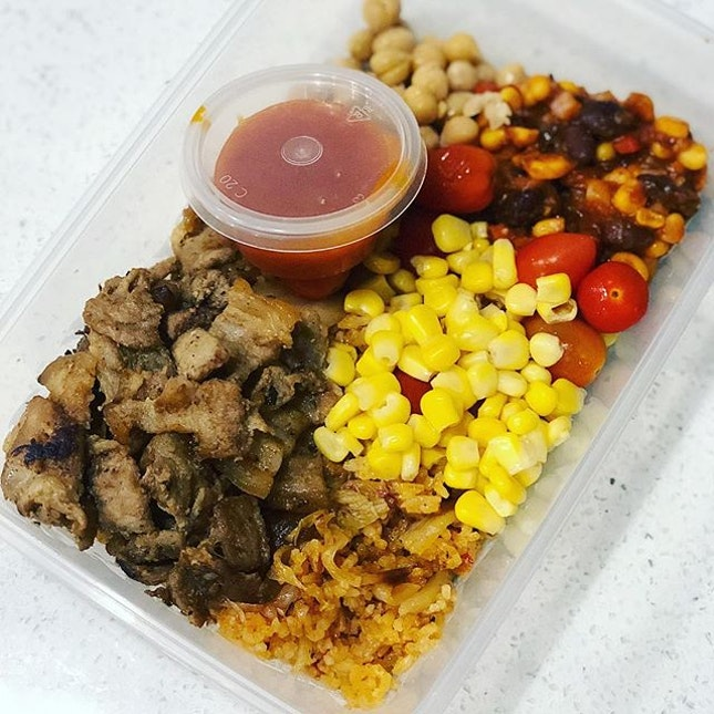 Mix your lunch box from a range of Korean, Japanese, Mexican, Asian and Western dishes.