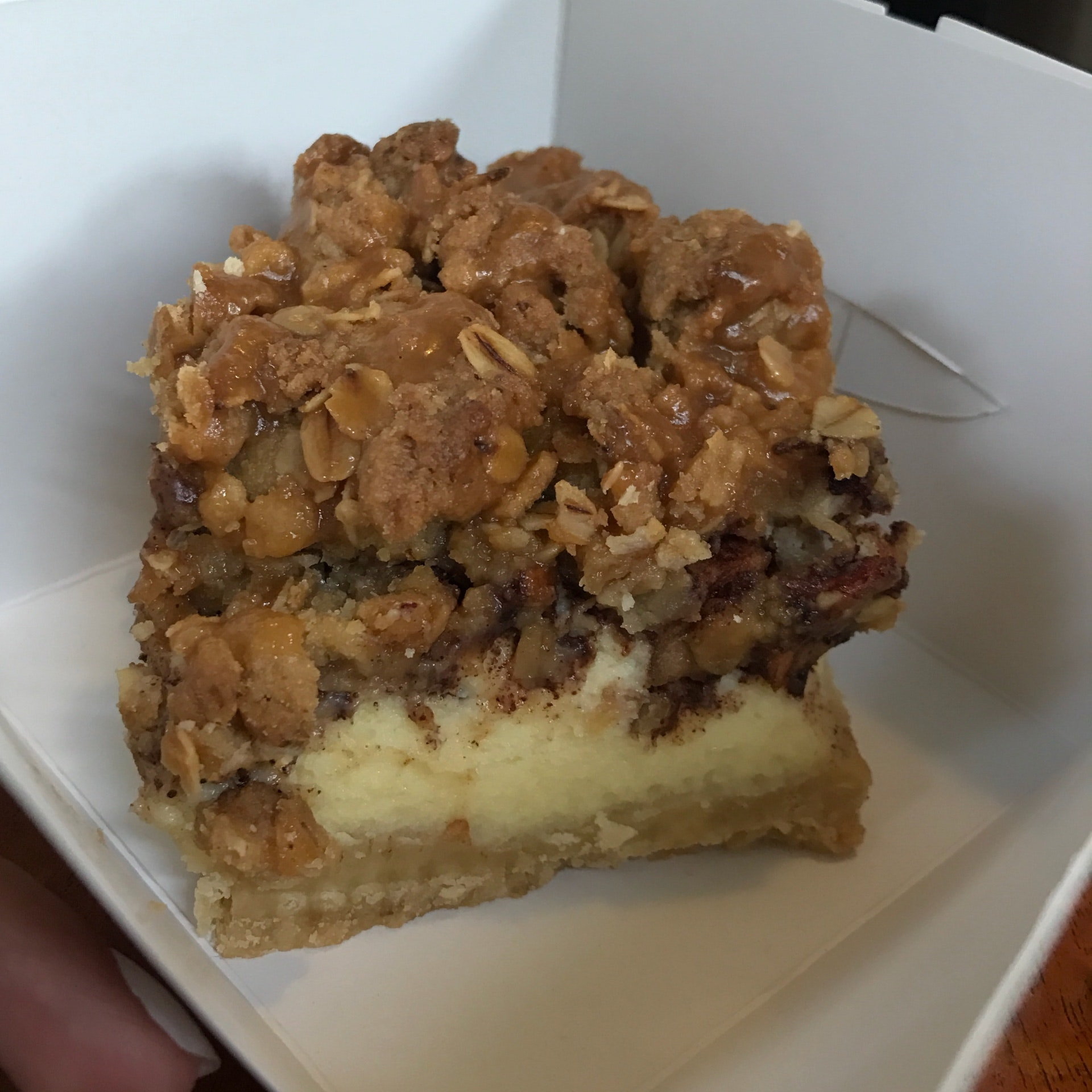 Apple Crumble Cheesecake Bar (RM13.90)