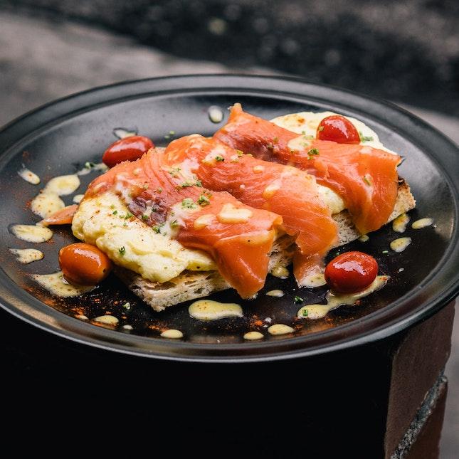Scrambled Salmon Toast (RM16.50)