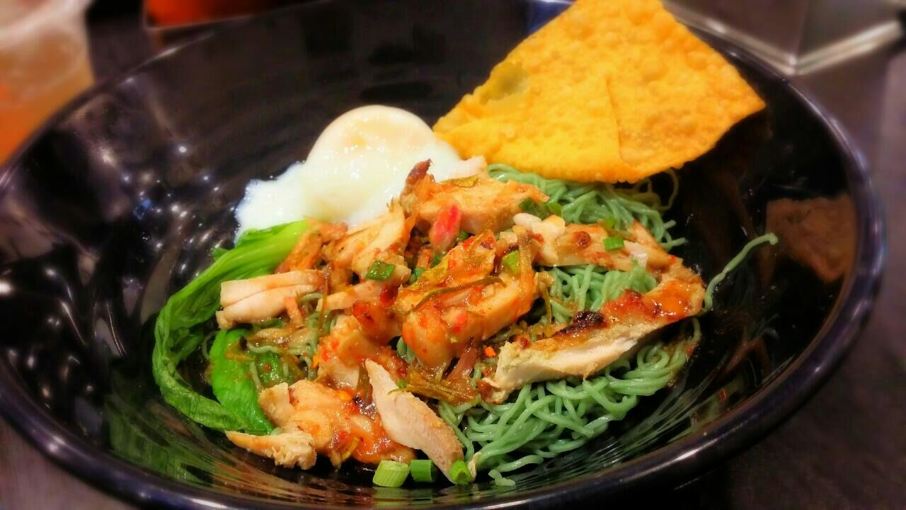 Grilled Chicken With Jade Noodles