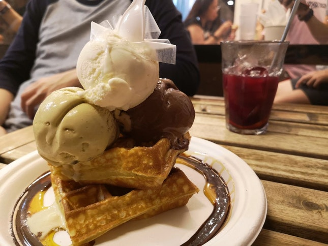 Triple Scoop Waffles (~$14.30 1 For 1 With #burpplebeyond)
