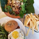 Waterloo Beef Burger ($17 1 for 1 with #burpplebeyond ).