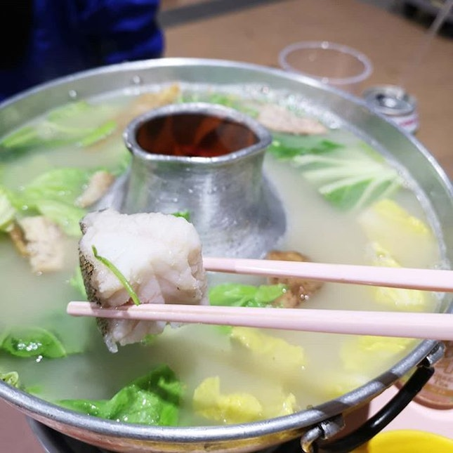 If you are from the east and need a good family style steamboat, this is a good place to start.