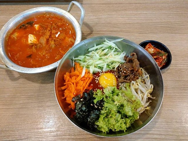 Whenever I am in town and miss Korean food, I will visit this stall that serve affordable and authentic Korean food at Food Junction.