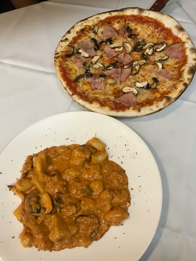 Gnocchi + Ham And Mushroom Pizza