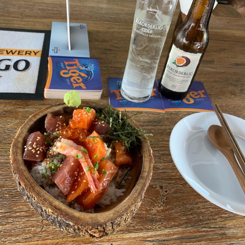 Restaurant - Lunch, Dinner