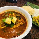 Signature Curry Fish Head