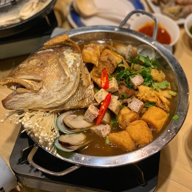Royal Thai Fish Head Hot Pot ($38.80)