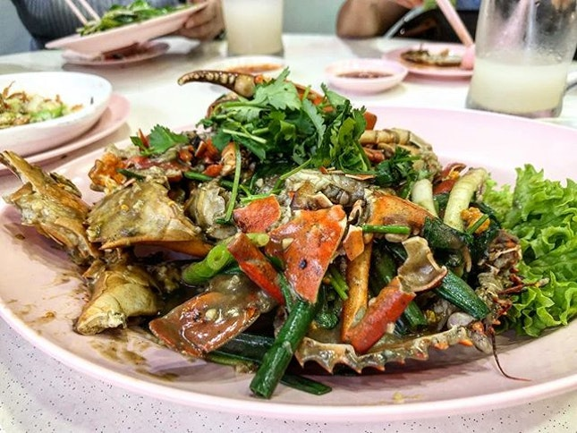 Punchy, spicy and the only pepper crabs that hit the spot for me.