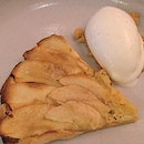 Shelter Apple Tart