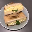 食パンのサンドウィッチ (たまごサラダ)  $8.50