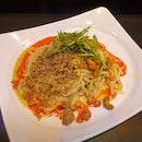 担担麺 (汁なし)  $15