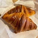 Classic Croissants  $3/pc