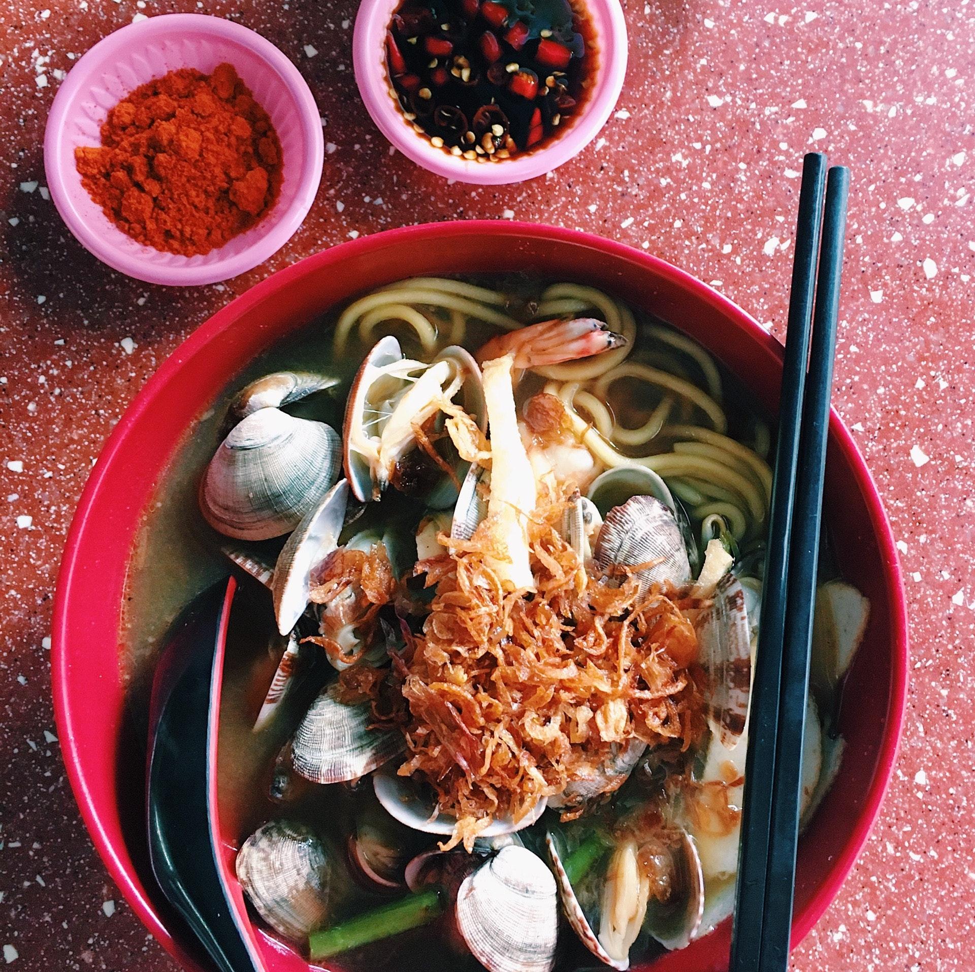 Prawn Noodles w/ Clams