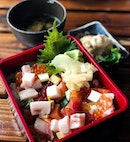 Craving for chirashi at this hour is perfectly fine, right?