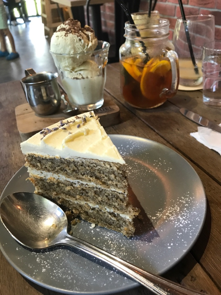 Earl Grey Tea ☕️ Cake 🎂 And Affogato