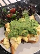 Avocado Toast YUMS