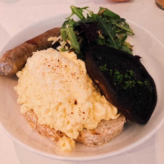 Scrambled Eggs With Portobello