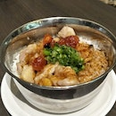 Steamed Rice With Chinese Sausage & Chicken ($5.80)
